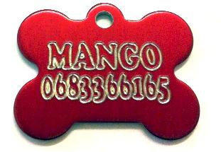 Médaille chien os rouge